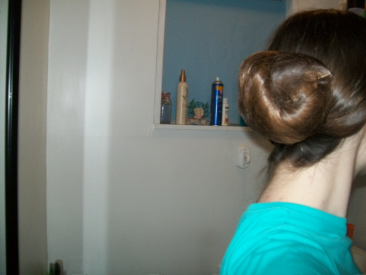 my hair before putting on bun covering